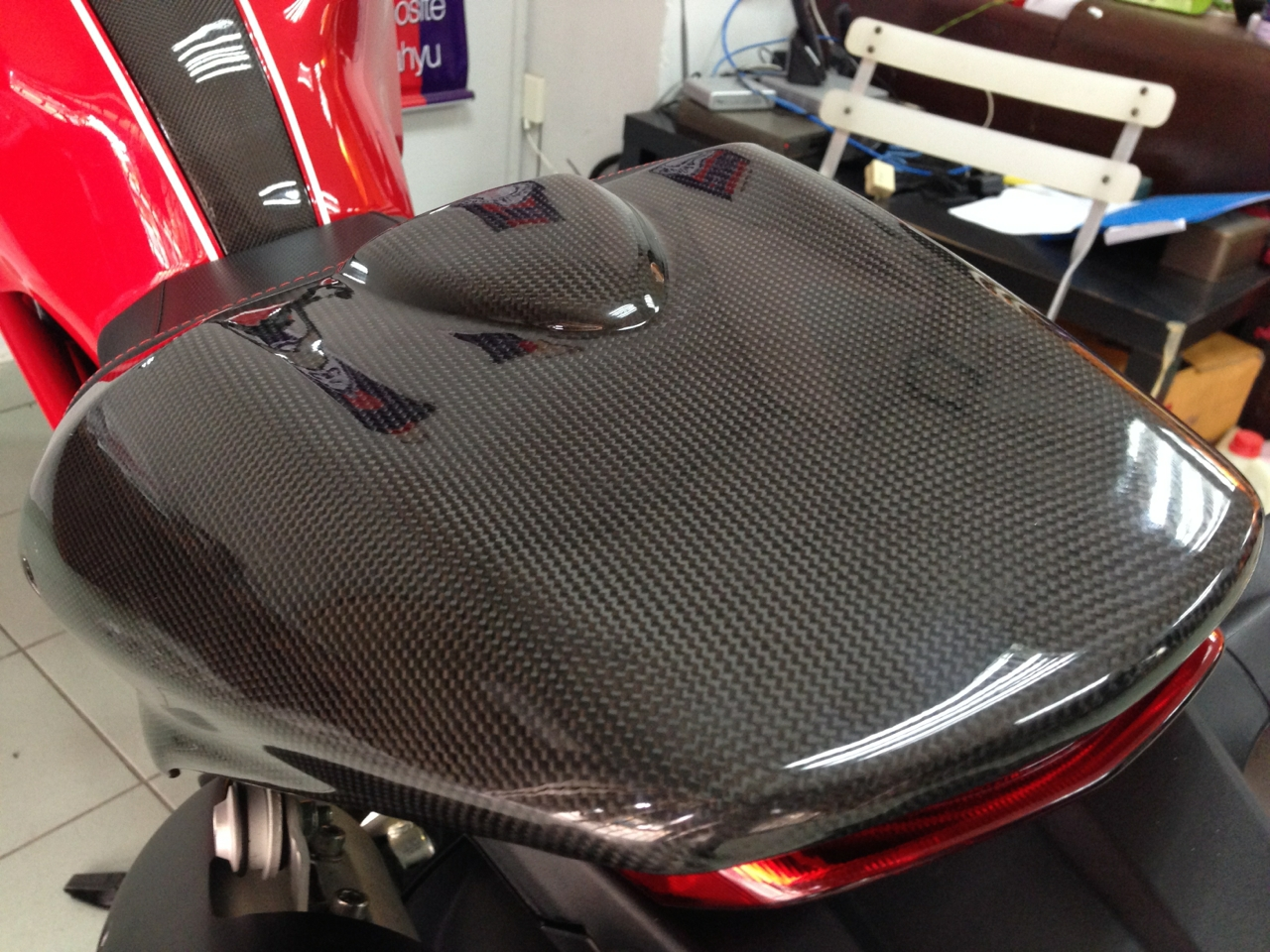 Carbon Fibre Seat Cover For Ducati Monster 795 796