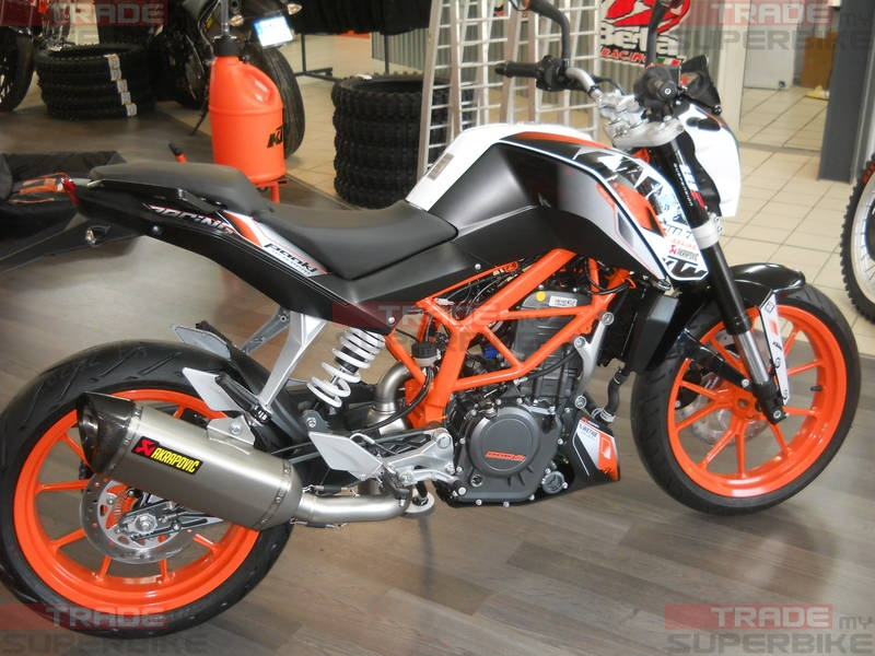 akrapovic exhaust for ktm duke 390 rc 390 full system. Black Bedroom Furniture Sets. Home Design Ideas